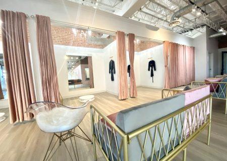 Vivienne Atelier Dressing Room